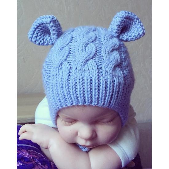 Вязаная шапочка меринос Мишка с косичками голубой